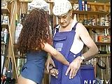Franse brunette sodomie in trio met Papy Voyeur