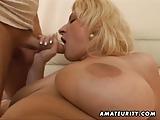 Mollige amateur vrouw neuken met gezicht klaarkomen