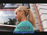 Mooie blonde neukt mij in mijn auto