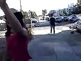 Tienermeisjes van straat plukken